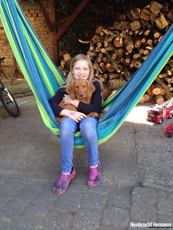 Aik - entspannt mit Freundin